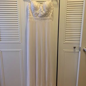 Fashion Nova white strapless wedding dress